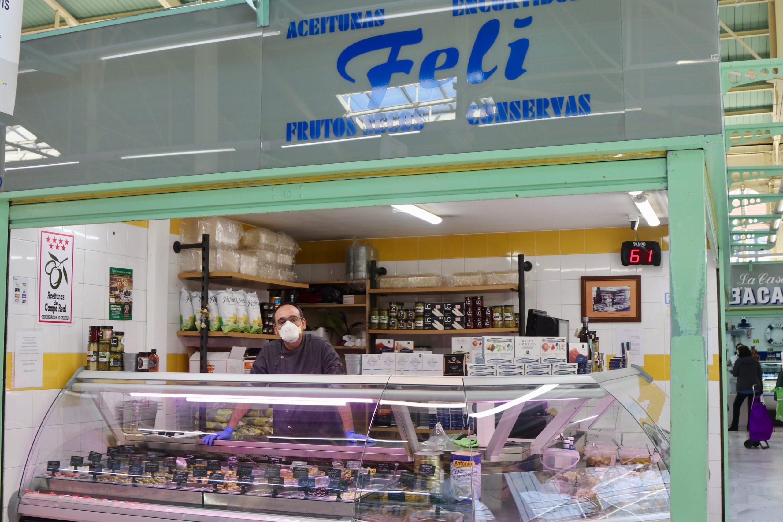 Aceitunas Feli en el mercado El Fontán