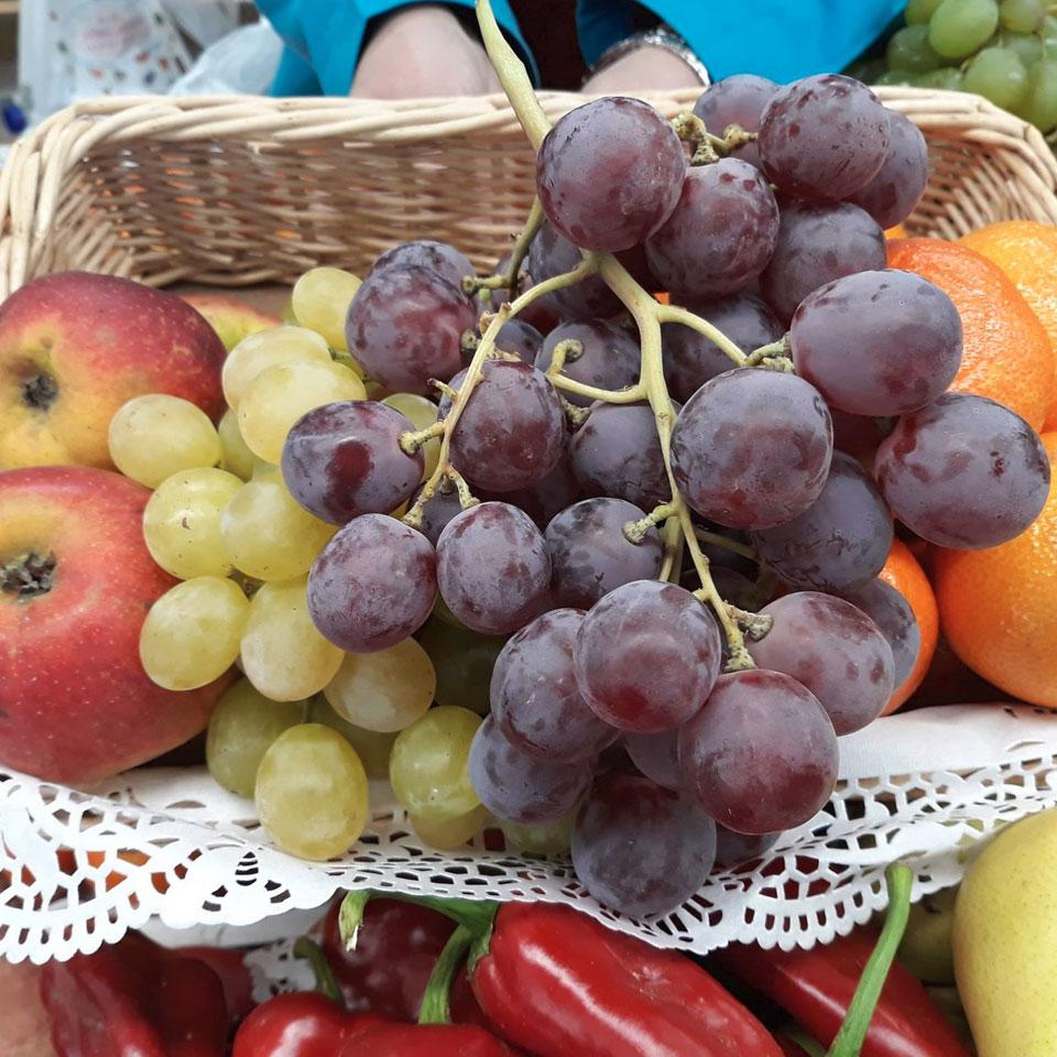 Puestos de fruta y verduda en El Fontán